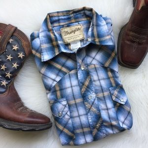 Wrangler Western Pearl Snap Button Down Shirt